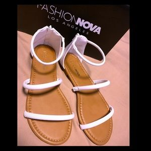 FASHION NOVA- Cute and Simple Flat Sandals
